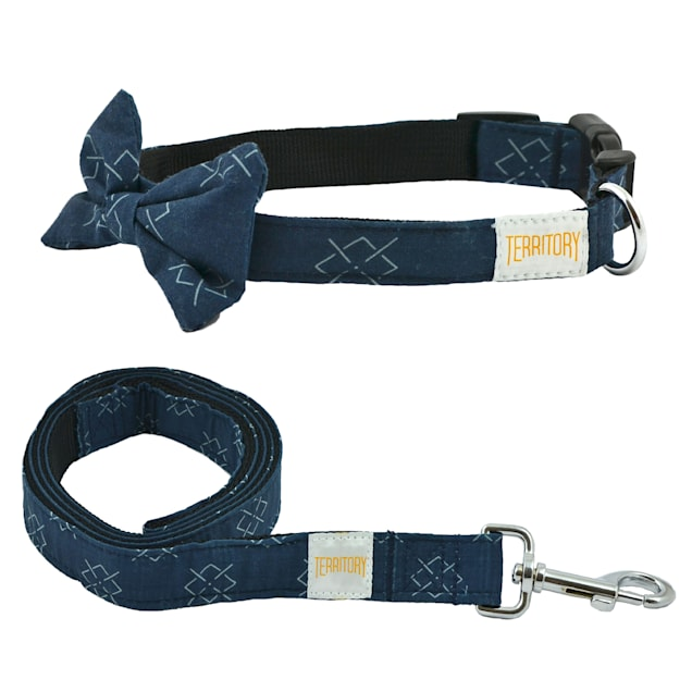Territory Argyle Bowtie Collar & Leash Bundle for Dogs, Large - Carousel image #1