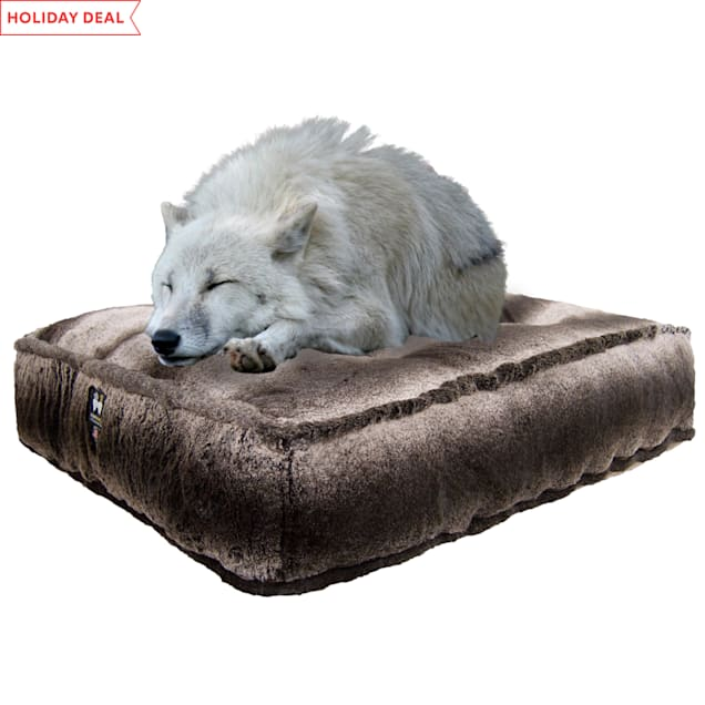 "Bessie and Barnie Frosted Glacier Luxury Extra Plush Faux Fur Rectangle Dog Bed, 28"" L X 24"" W - Carousel image #1"