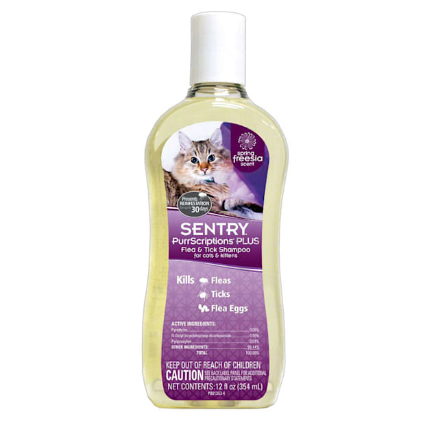 Sentry PurrScriptions Plus Flea & Tick Shampoo for Cats & Kittens - Carousel image #1