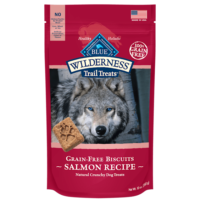 Blue Buffalo Blue Wilderness Trail Treats Salmon Biscuits Dog Treats, 10 oz. - Carousel image #1