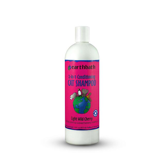 Earthbath Conditioning Formula with Aloe Vera Cat Shampoo, 16 fl. oz. - Carousel image #1