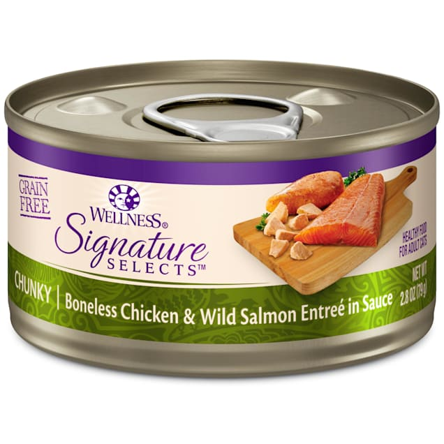 Wellness CORE Signature Selects Natural Grain Free Chunky Chicken & Salmon Wet Cat Food, 2.8 oz., Case of 12 - Carousel image #1