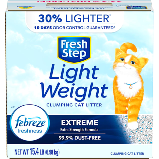 Fresh Step Lightweight Extreme Scented Clumping Cat Litter with the Power of Febreze, 15.4 lbs. - Carousel image #1