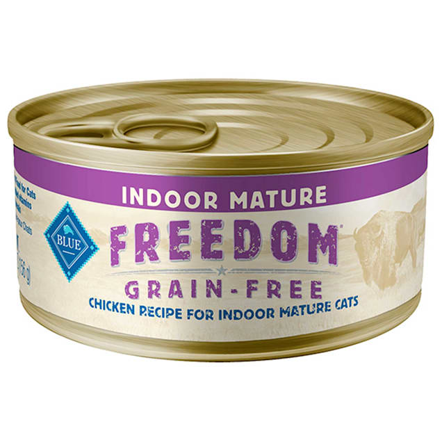 Blue Buffalo Blue Freedom Grain Free Indoor Chicken Senior Canned Cat Food, 5.5 oz., Case of 24 - Carousel image #1