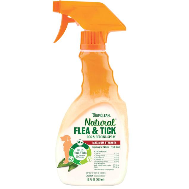 Tropiclean Natural Flea & Tick Spray, 16 fl. oz. - Carousel image #1