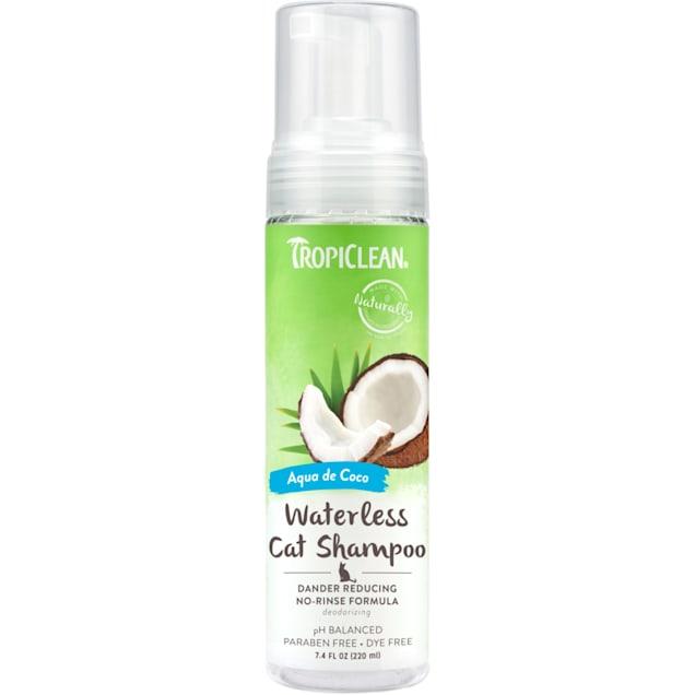 TropiClean Dander Reducing Waterless Shampoo for Cats, 7.4oz - Carousel image #1