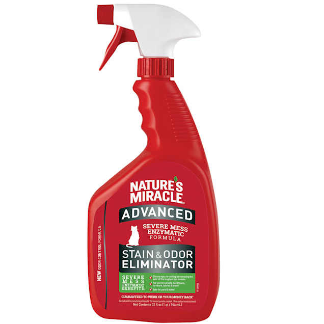 Nature's Miracle Advanced Stain and Odor Eliminator For Severe Cat Messes, 32 fl. oz. - Carousel image #1