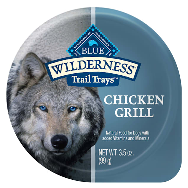 Blue Buffalo Blue Wilderness Trail Trays Chicken Grill Wet Dog Food, 3.5 oz., Case of 12 - Carousel image #1