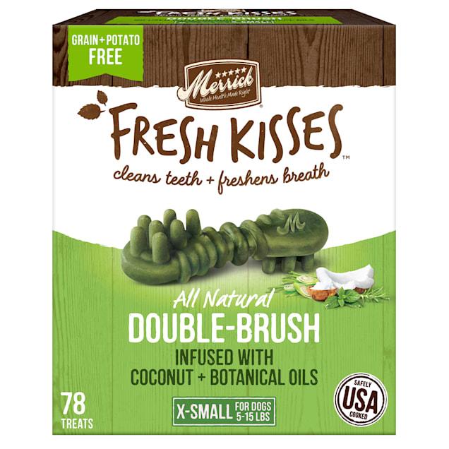 Merrick Fresh Kisses Coconut Oil + Botanicals Extra Small Brush Dental Dog Treats, 78 Count - Carousel image #1
