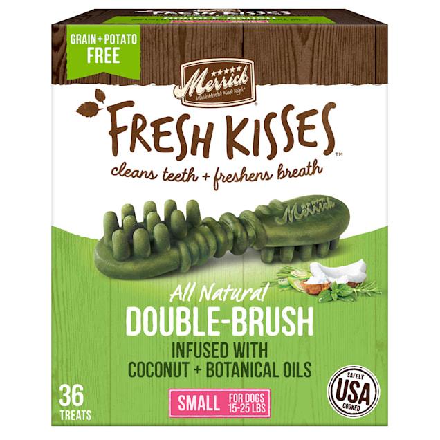 Merrick Fresh Kisses Coconut Oil + Botanicals Small Brush Dental Dog Treats, 36 Count - Carousel image #1