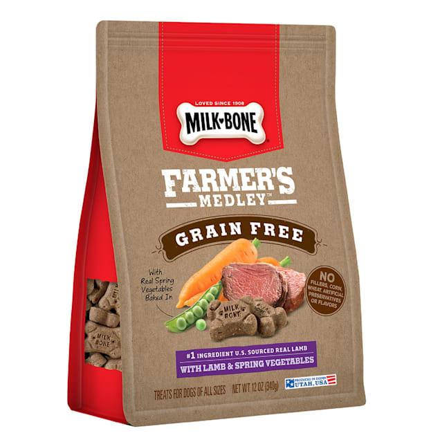 Milk-Bone Farmer's Medley Grain Free With Lamb & Spring Vegetables Dog Treats, 12 oz. - Carousel image #1