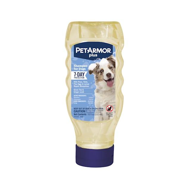 PetArmor Flea & Tick Dog Shampoo, 18 fl. oz. - Carousel image #1