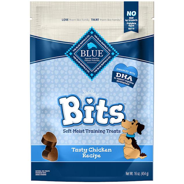 Blue Buffalo Bits Chicken Soft-Moist Training Value Added Viatmins Dog Treat, 16 oz - Carousel image #1