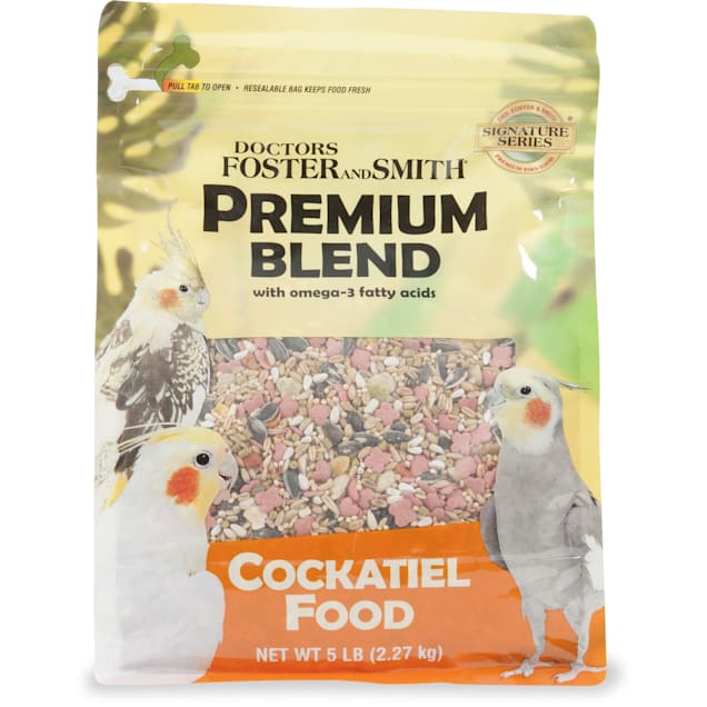 Drs. Foster and Smith Premium Blend Cockatiel Food with Omega-3 Fatty Acids, 15 lbs. - Carousel image #1