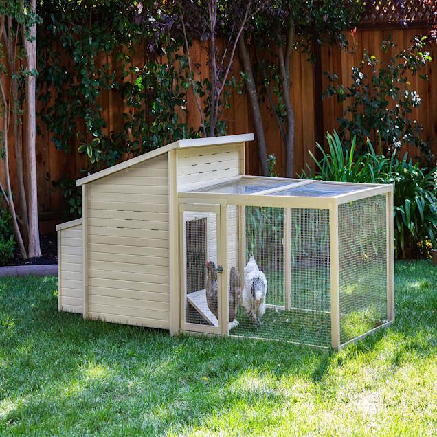 """New Age Pet ecoFLEX Jumbo Fontana Chicken Barn in Tan, 54.1"""" L X 46.3"""" W X 40.1"""" H - Carousel image #1"""