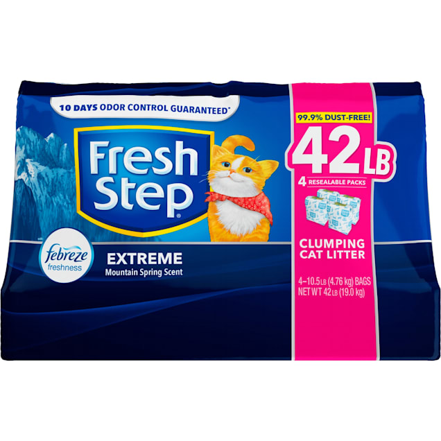 Fresh Step Extreme Mountain Spring Scented Clumping Cat Litter with the Power of Febreze, 42 lbs. - Carousel image #1