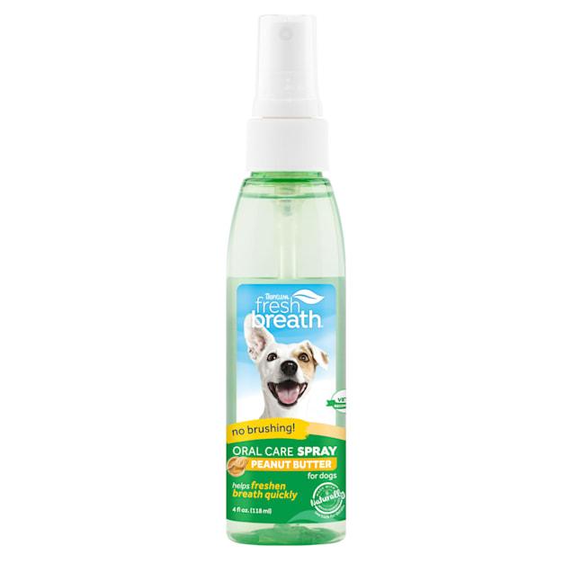 TropiClean Fresh Breath Oral Care Spray for Pets, 4 fl. oz. - Carousel image #1