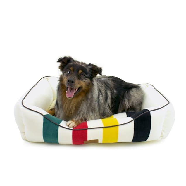 """Pendleton Glacier National Park Kuddler Dog Bed, 24"""" L X 30"""" W X 9"""" H - Carousel image #1"""