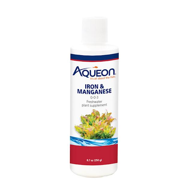 Aqueon Iron & Manganese Fresh Water Plant Supplement, 8.7 fl. oz. - Carousel image #1