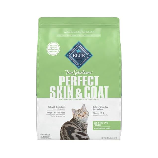 Blue Buffalo True Solutions Perfect Coat Salmon Recipe Natural Skin & Coat Care Adult Dry Cat Food, 11 lbs. - Carousel image #1