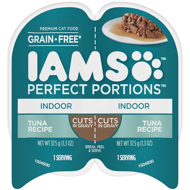 Iams Perfect Portions Grain Free Tuna Recipe Cuts in Gravy Adult Indoor Wet Cat Food, 2.64 oz. - Carousel image #1