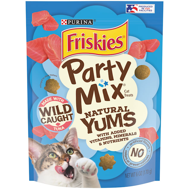 Purina Friskies Party Mix Natural Yums With Real Tuna Cat Treats, 6 oz. - Carousel image #1