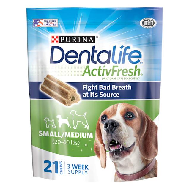 Purina DentalLife ActivFresh Daily Oral Care Small/Medium Dog Chews, 15.5 oz., Count of 21 - Carousel image #1