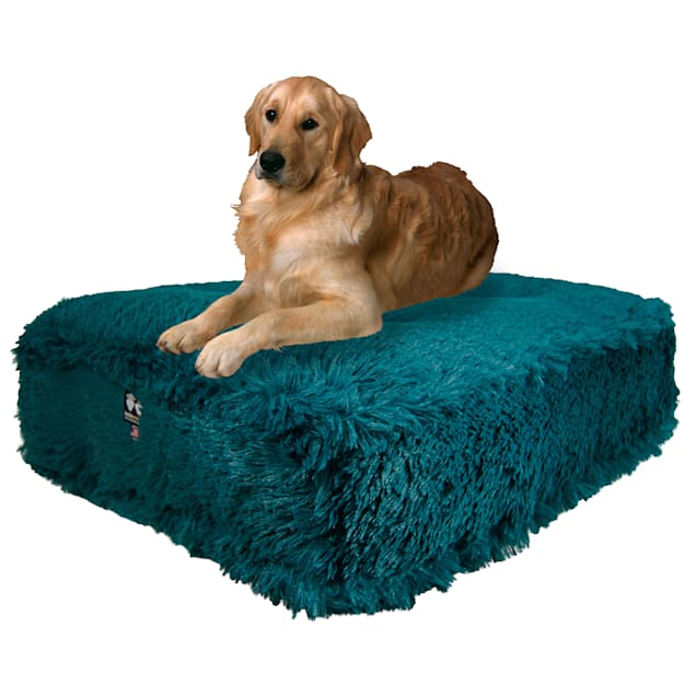 """Bessie and Barnie Wonderlust Luxury Extra Plush Faux Fur Rectangle Dog Bed, 28"""" L X 24"""" W - Carousel image #1"""