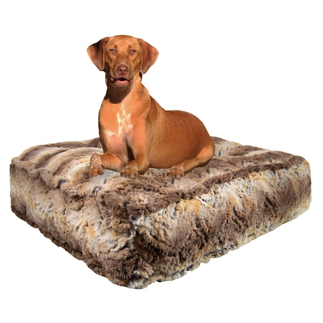 "Bessie and Barnie Simba Luxury Extra Plush Faux Fur Rectangle Dog Bed, 28"" L X 24"" W - Carousel image #1"