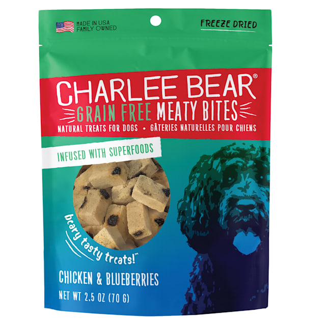 Charlee Bear Meaty Bites Natural Grain Free Chicken & Blueberries Treats for Dogs, 2.5 oz. - Carousel image #1