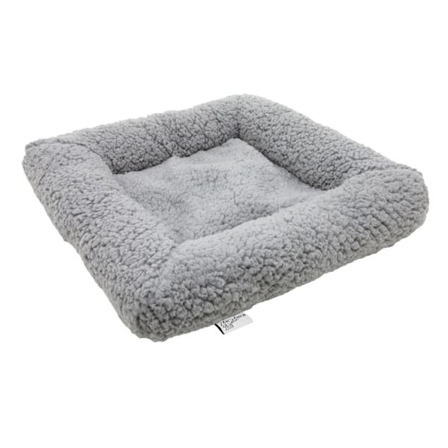 """Kitty City Fuzzy Replacement Cat Bed, 17.5"""" L X 17.5"""" W X 3"""" H - Carousel image #1"""