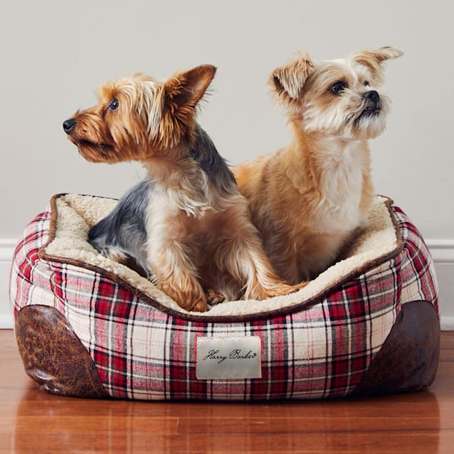 """Harry Barker Red/Cream Cabin Holiday Plaid Cuddler Dog Bed, 24"""" L X 18"""" W X 10"""" H - Carousel image #1"""