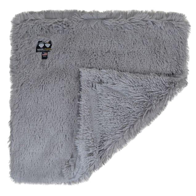 "Bessie and Barnie Siberian Grey Ultra Plush Faux Fur Pet Super Soft Reversible Blanket, 20"" L X 20"" W - Carousel image #1"
