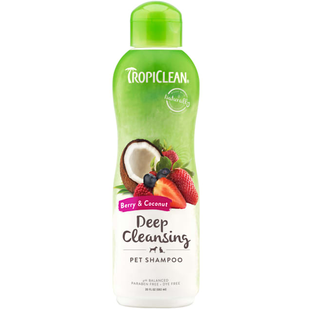 TropiClean Berry & Coconut Deep Cleansing Shampoo for Pets, 20 fl. oz. - Carousel image #1