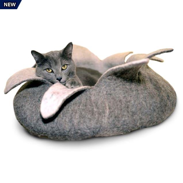 """Dharma Dog Karma Cat Natural Petal Wool Pet Basket, 14"""" L X 14"""" W X 4"""" H - Carousel image #1"""