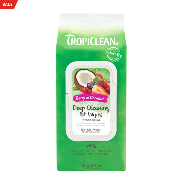 TropiClean Berry & Coconut Deep Cleaning Pet Wipes, Count of 100 - Carousel image #1