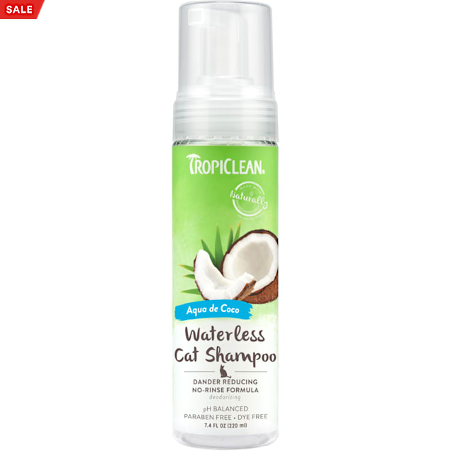 TropiClean Dander Reducing Waterless Shampoo for Cats, 7.4 fl. oz. - Carousel image #1
