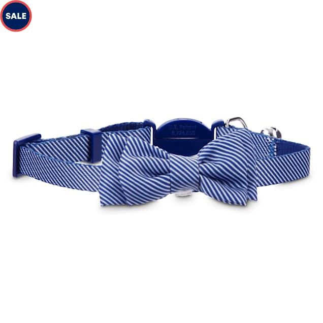 Bond & Co. Blue Seersucker Breakaway Bowtie Cat Collar - Carousel image #1