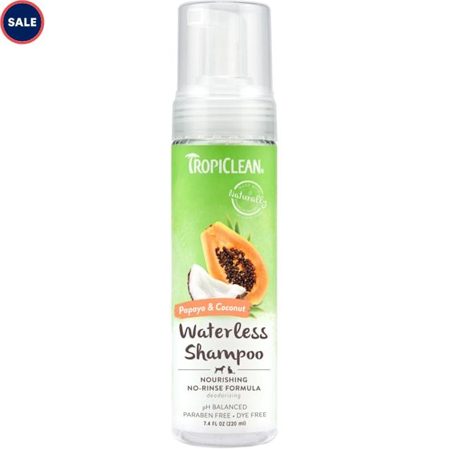TropiClean Papaya & Coconut Waterless Shampoo for Pets, 7.4 fl. oz. - Carousel image #1