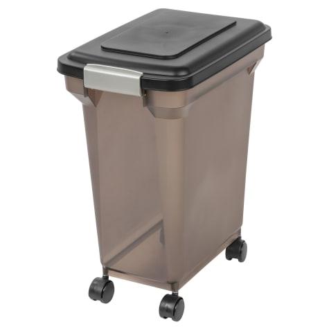 Iris Black and Smoke Airtight Food Storage Container