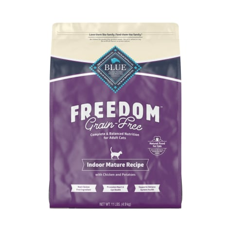 Blue Buffalo Blue Freedom Grain-Free Mature Indoor Chicken Recipe Dry Cat Food
