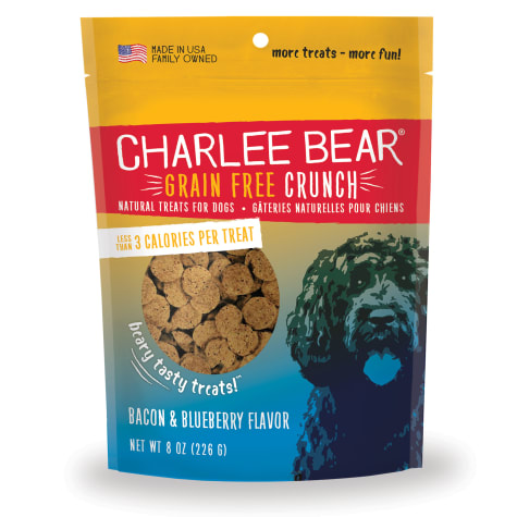 Charlee Bear Grain Free Bacon & Blueberry Bear Crunch Dog Treats