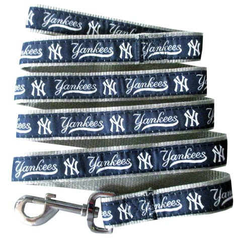 Pets First New York Yankees Leash