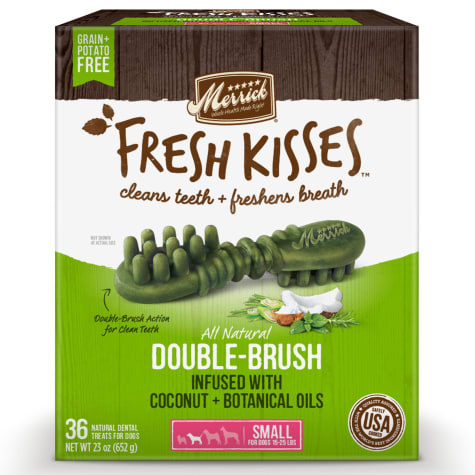Merrick Fresh Kisses Coconut Oil + Botanicals Small Brush Dental Dog Treats