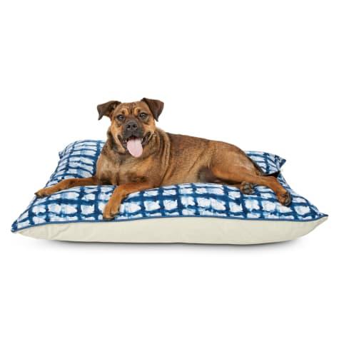 You & Me Indigo Tie Dye Print Lounger Pet Bed