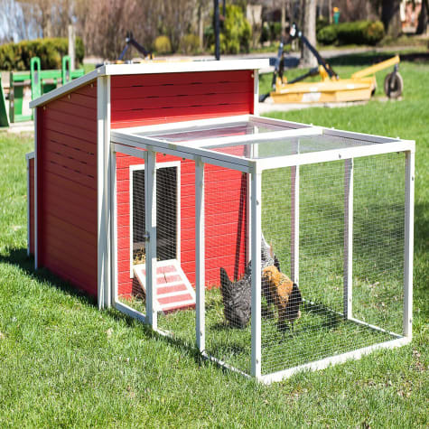 New Age Pet ecoFLEX Jumbo Fontana Chicken Barn in Red
