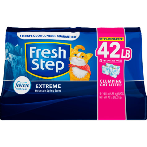 Fresh Step Extreme Mountain Spring Scented Clumping Cat Litter with the Power of Febreze